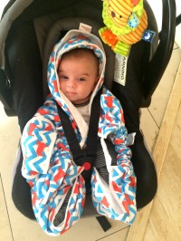 {Product Review} Lalaba Carry Blankie {Giveaway Closed} baby in lalaba carry blankie