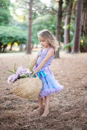 kids photoshoot flower basket woodlands picnic in the forest