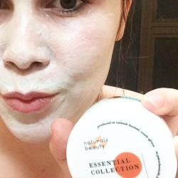 Caffeine and fairydust product review Naturals Beauty - The Naturals Beauty Essential Collection Hydrating Masque
